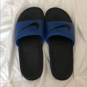 NIKE SLIDES GREAT CONDITION! Worn 2X